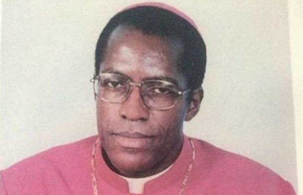 Archbishop commits suicide by jumping into River