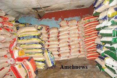 Seme Command Anti-smuggling Drive; Evacuates Over 2000 bags Smuggled Rice from Gbaji Community