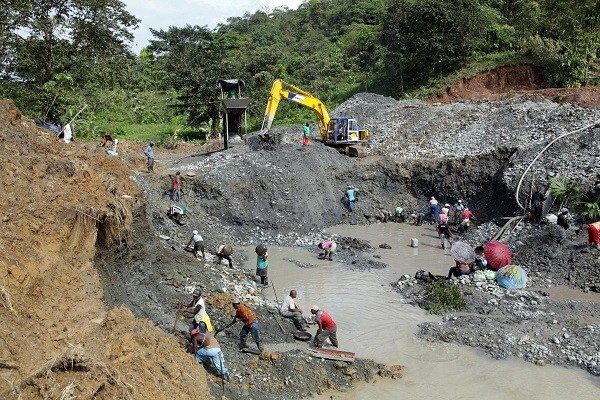 FG orders BUA to vacate, stop mining on disputed Mines site