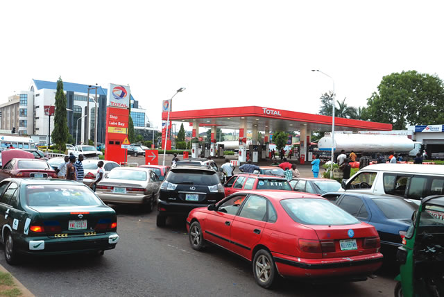 Fuel queues return to Lagos, persist in Abuja, others …as oil workers begin strike today