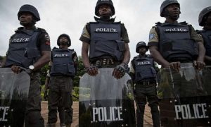 Police arrest two soldiers, four others for robbery