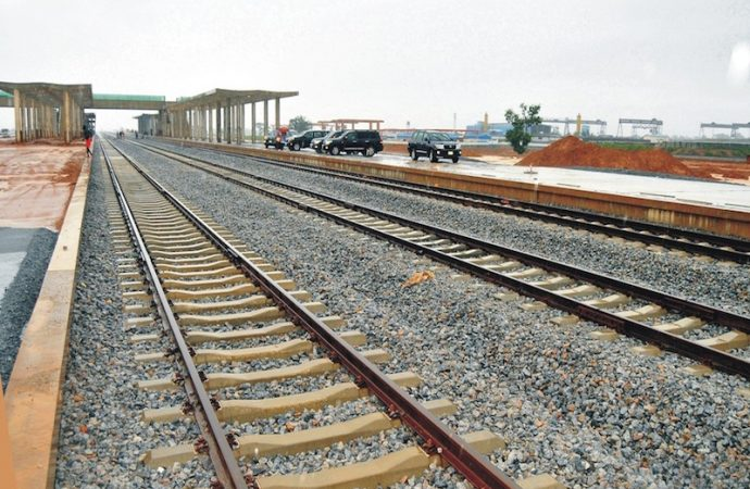 Lagos-Ibadan rail: FG to avoid demolition of 1,400 houses