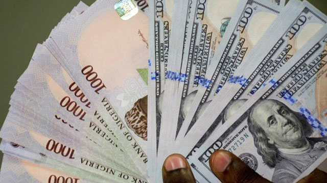 Naira gains 40kobo against dollar at parallel market