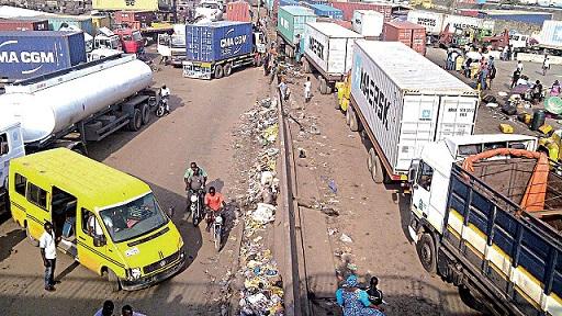 FG shuts Apapa-Tin Can road for 72 hours