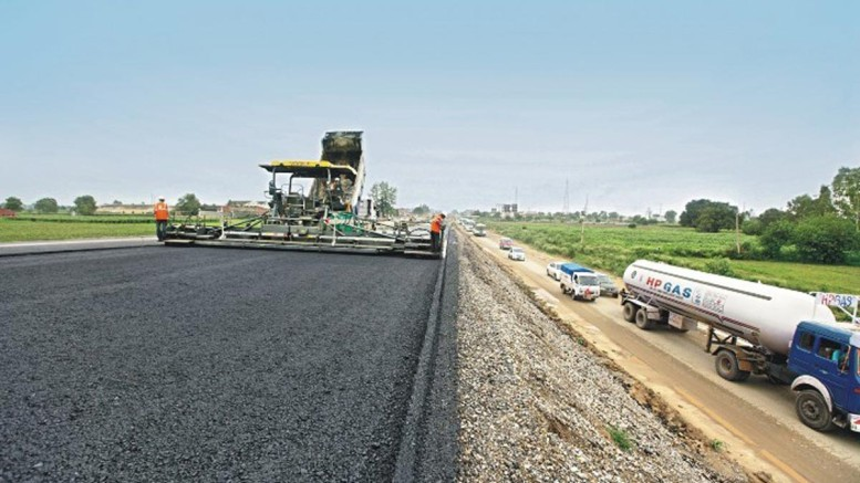FG to complete N16bn road projects in Kwara