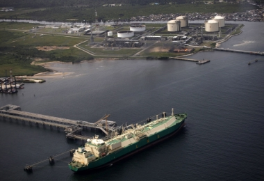 Nigeria LNG to restart fifth unit in July after shutdown
