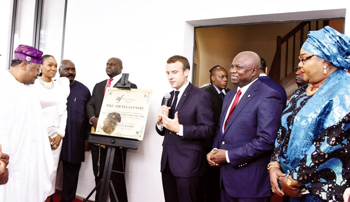 Macron to Nigerian youths: get involved in politics