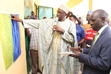 Adamawa Governor Lauds Fidelity Bank For Supporting Education