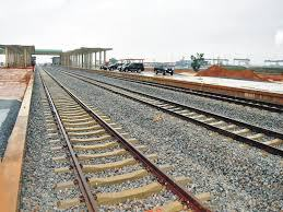 1,000 local firms apply for railway contracts