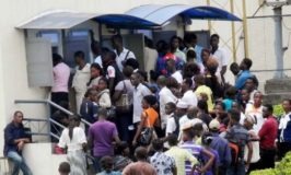 Bank customers lament poor ATM network prior to Eid-el-fitr