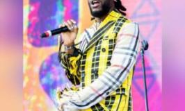 Burna Boy refunds 'boring' fan, Nigerians react