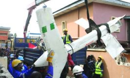 How crashed helicopter pilot tried to save lives