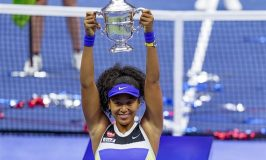 Naomi Osaka defeats Victoria Azarenka to win second Trophy of U.S. Open