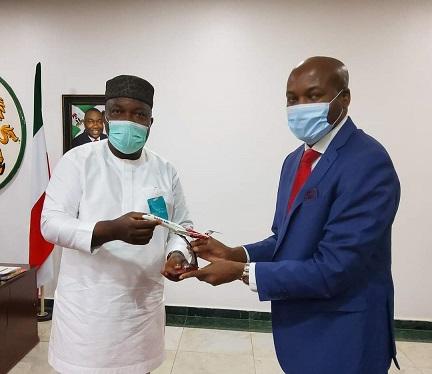 Gov. Ugwuanyi Welcomes Dana Air to Enugu